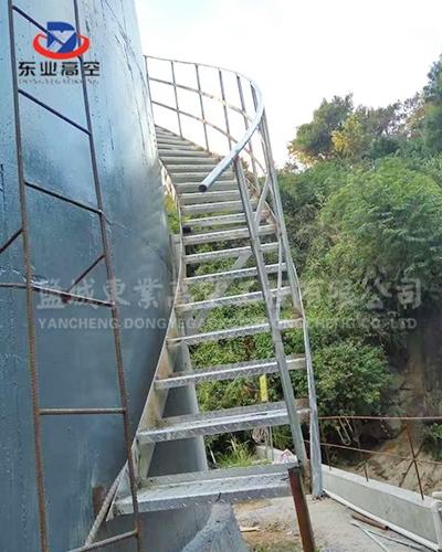 旋转梯制作安装现场